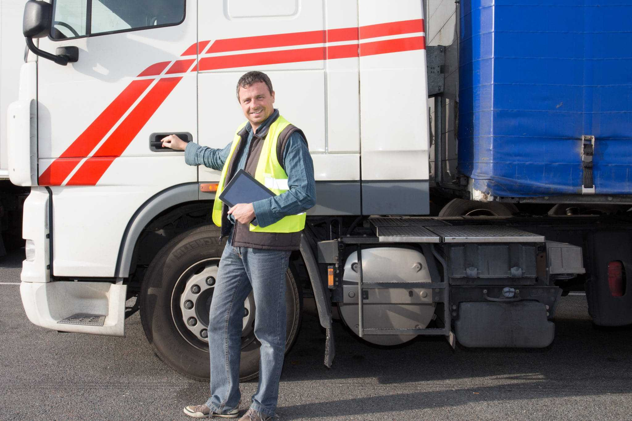 Is HGV driving a good way to earn a living in the UK?
